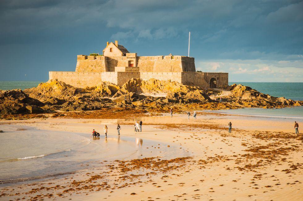 Fort, Beach, Saint Malo, France