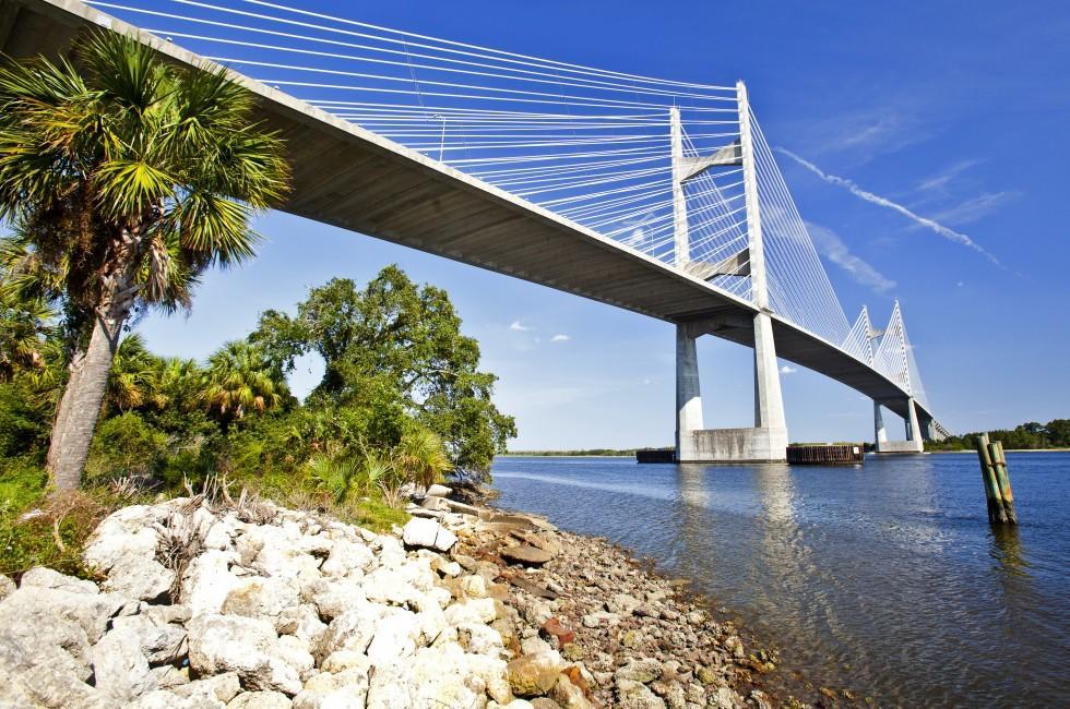 River, Dames Point Bridge, Jacksonville, Florida, USA