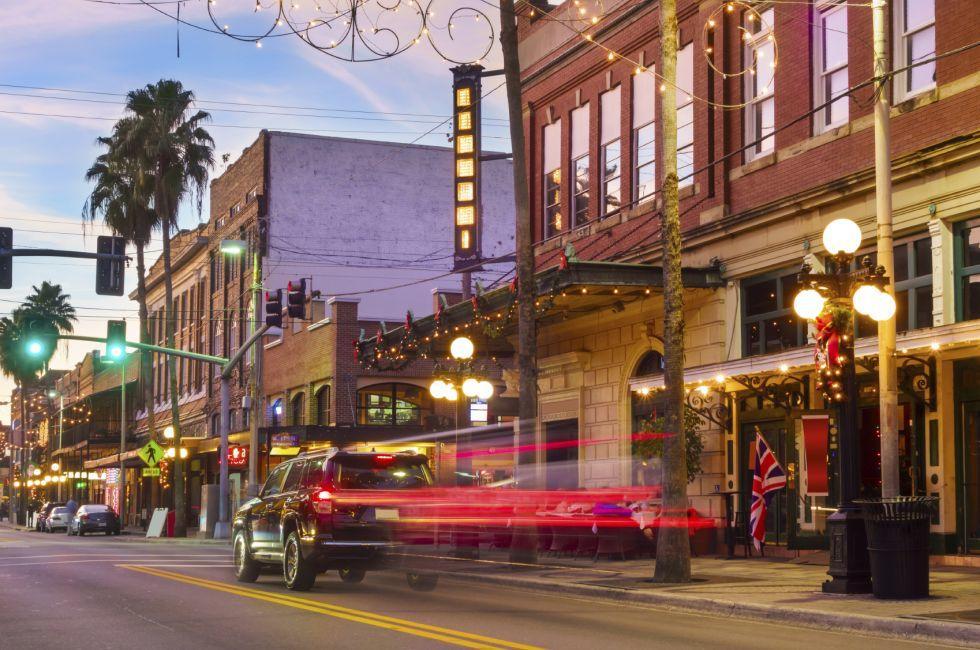 Sunset, Street, Ybor City, Tampa, Florida, USA