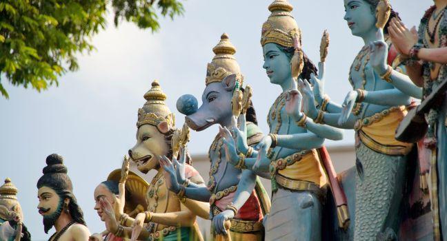 Sri Srinivasa Perumal Temple, Little India, Singapore, Asia.