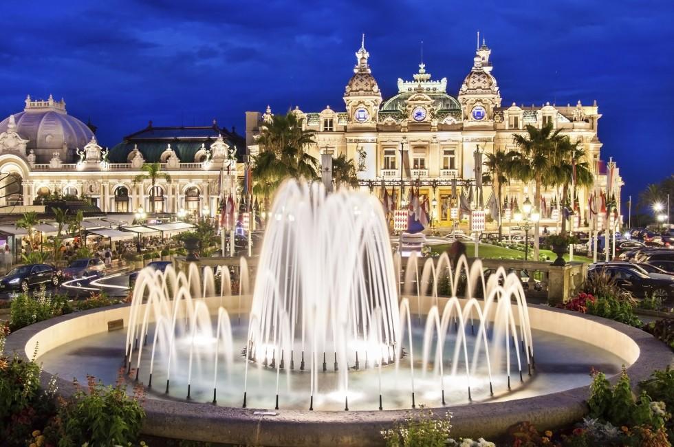 Fountain, The Monte Carlo Casino, Monte Carlo, Monaco
