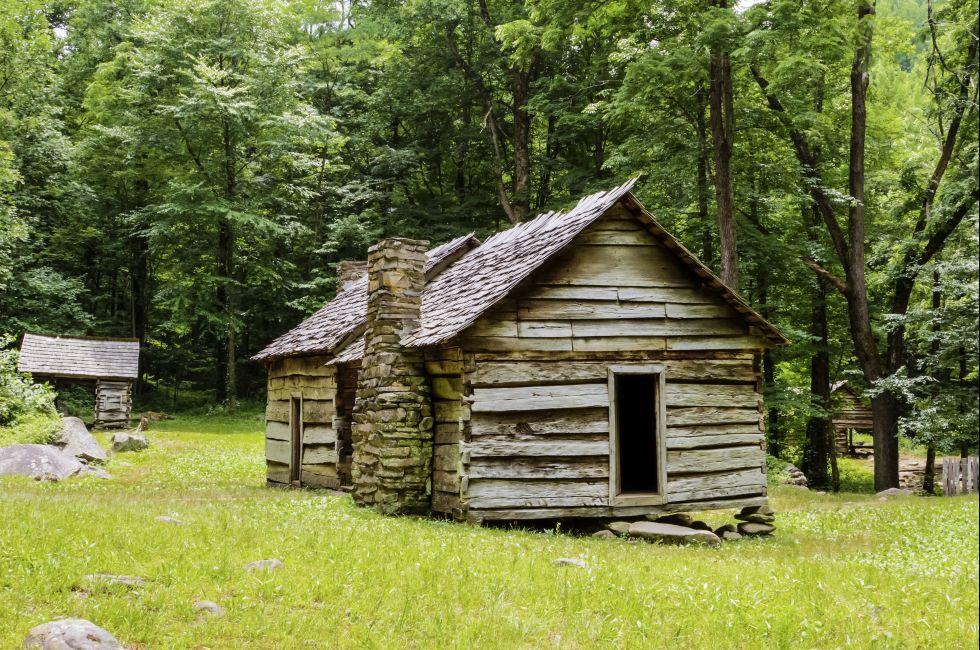 Log Cabin, Roaring Fork Motor Trail, Great Smoky Mountains National Park, Gatlinburg, Tennessee