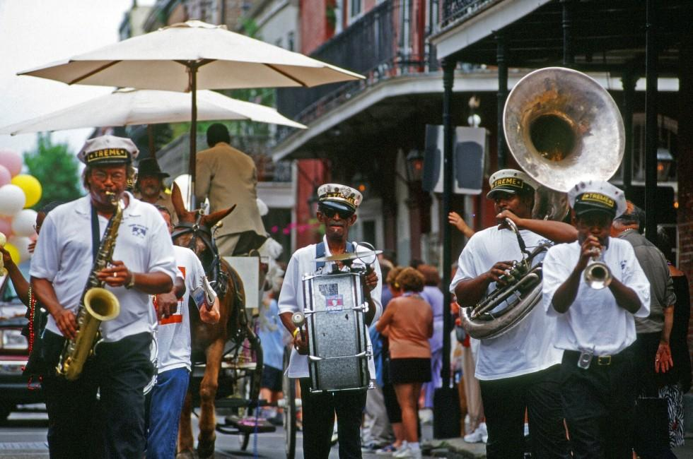 Band, Faubourg Marigny, Bywater, Treme, New Orleans, Louisiana, USA