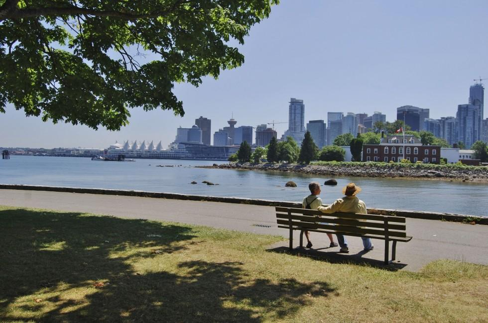 Couple, Waterfront, Skyline, Stanley Park, Vancouver, Canada
