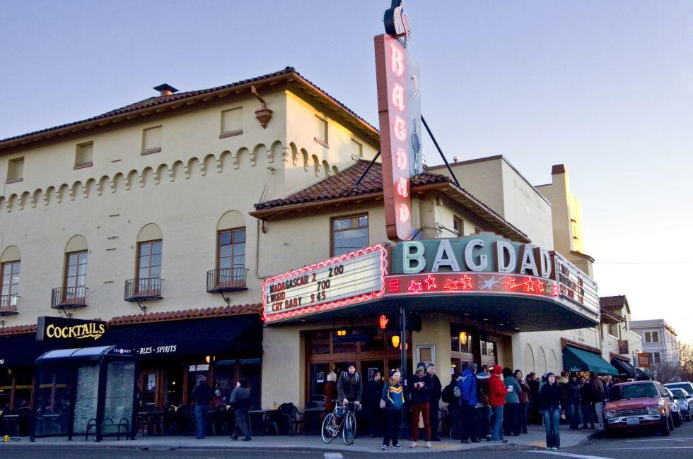 Bagdad Theater, Hawthorne District, Portland, Oregon, USA