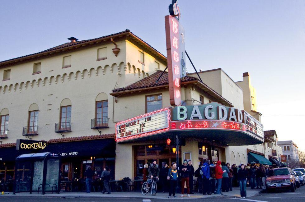 Bagdad Theater, Hawthorne District, Portland, Oregon, USA