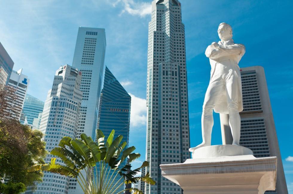 Sir Raffles Statue, Skyline, SIngapore