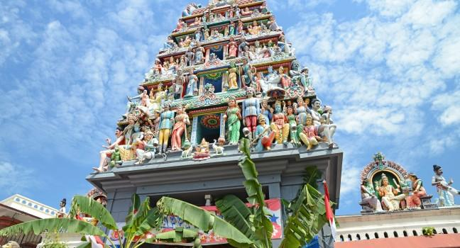 Statues, Sri Mariamman Hindu Temple, Singapore