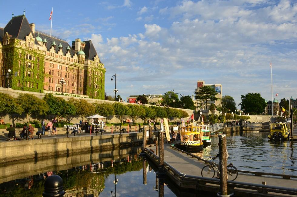 Empress Hotel, Inner Harbor, Waterfront, Victoria and Vancouver Island, British Columbia, Canada