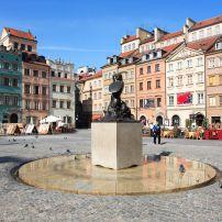 Warsaw Mermaid Statue, Old Town Market Place, Warsaw, Poland