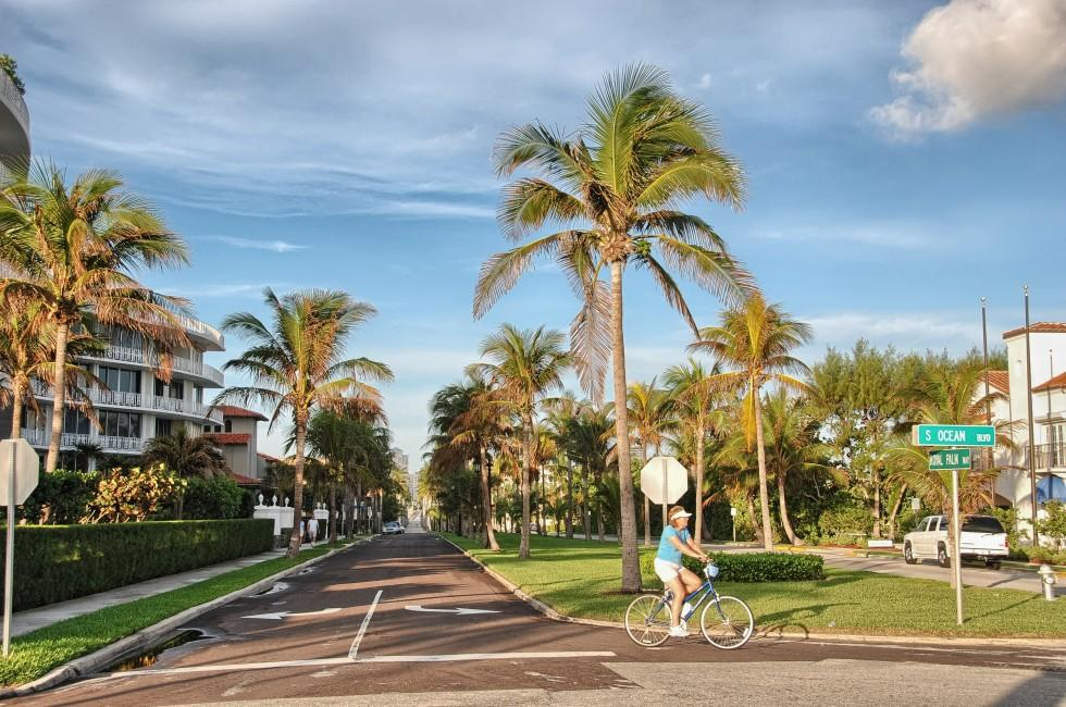 Woman, Bike, Street, Palm Beach and the Treasture Coast, Florida, USA