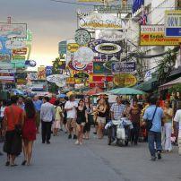 Crowd, Khao San Road, Banglamphu, Bangkok, Thailand, Asia.