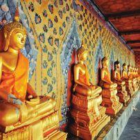Statue, Wat Arun Temple, Thonburi, Bangkok, Thailand, Asia.