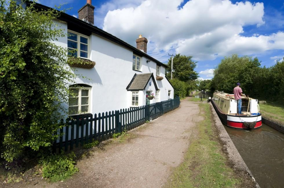 The Worcester and Birmingham canal, Tardebigge Canal Village, Worcestershire, The Midlands, Stratford upon Avon and The Heart of England, England