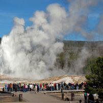 Old Faithful, Yellowstone National Park, Wyoming, USA
