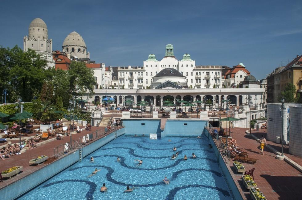 Swimming Pool, Gellert Thermal Baths, Hotel Gellert, Budapest, Hungary