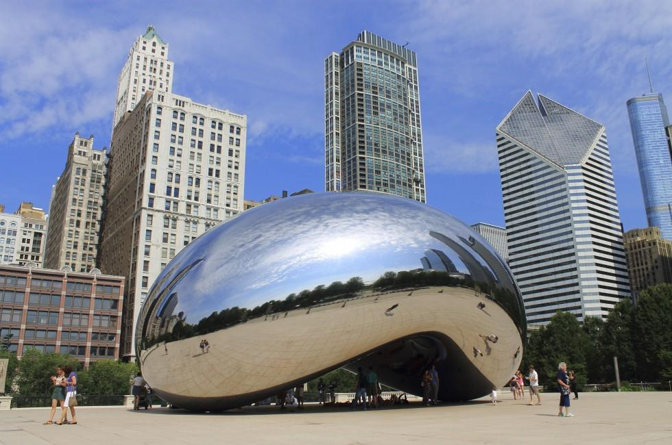 Cloud Gate, Millennium Park, Chicago, Illinois, USA