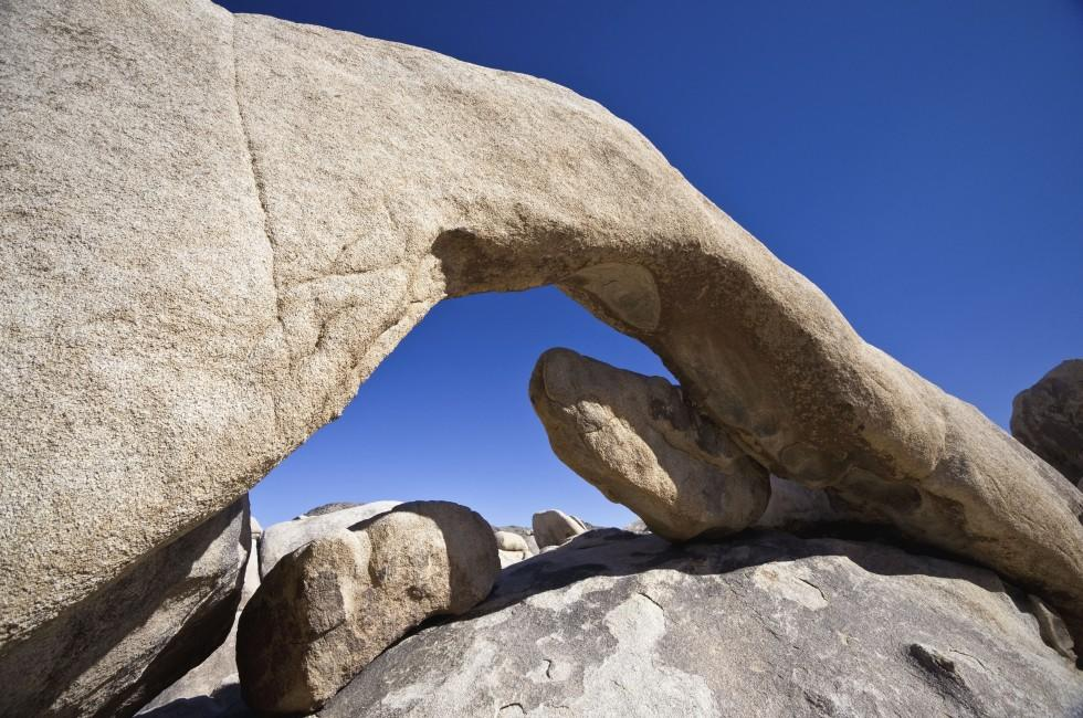 Arch Rock, Joshua Tree National Park, California, USA
