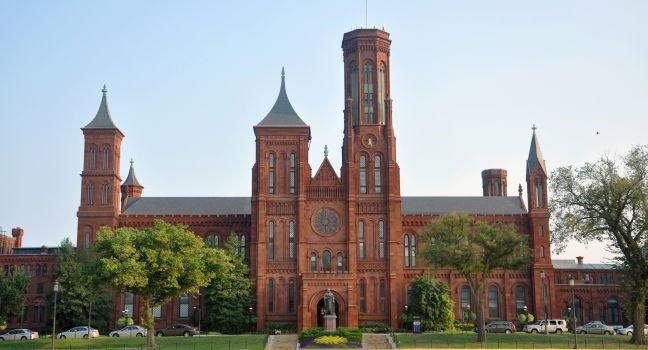 Smithsonian Castle, The Mall, Washington, D.C., USA