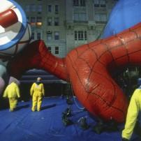 Macy's Thanksgiving day Parade, Balloon inflation, New York
