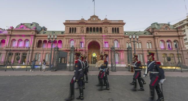 Guards, Plaza de Mayo, Buenos Aires, Argentina