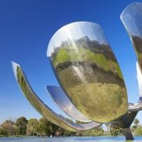 Sculpture, Floralis Generica, Plaza Naciones Unidas, Buenos Aires, Argentina