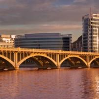 Mill Avenue Bridge, Salt River, Tempe, Arizona, USA
