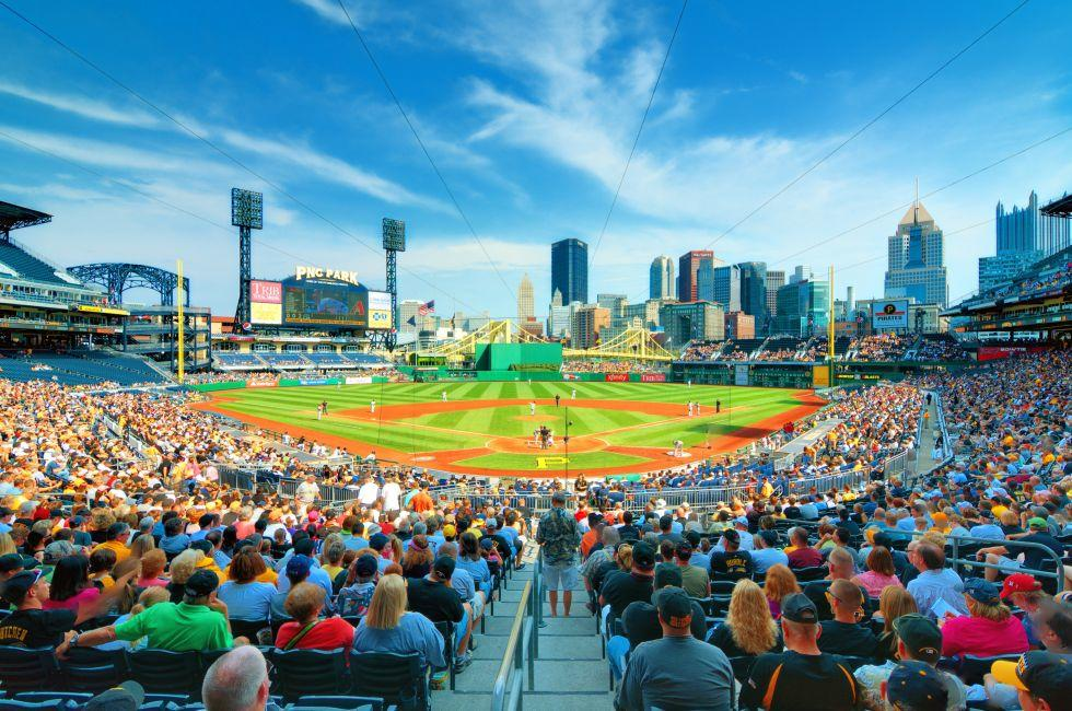 PNC Park, North Shore, Pittsburgh, Pennsylvania, USA, North America