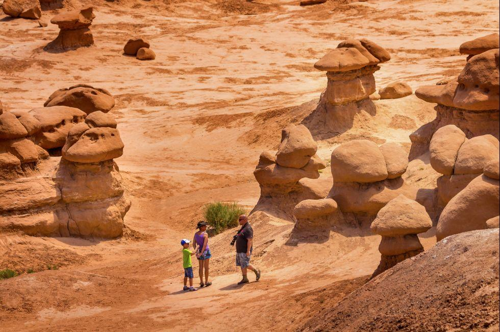 Family, Hoodoos, Goblin Valley State Park, Green River, Utah