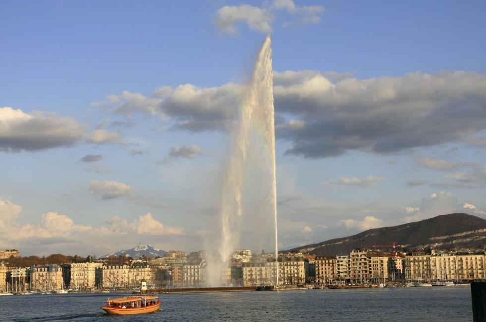 Founain, Lake Geneva, Geneva, Switzerland