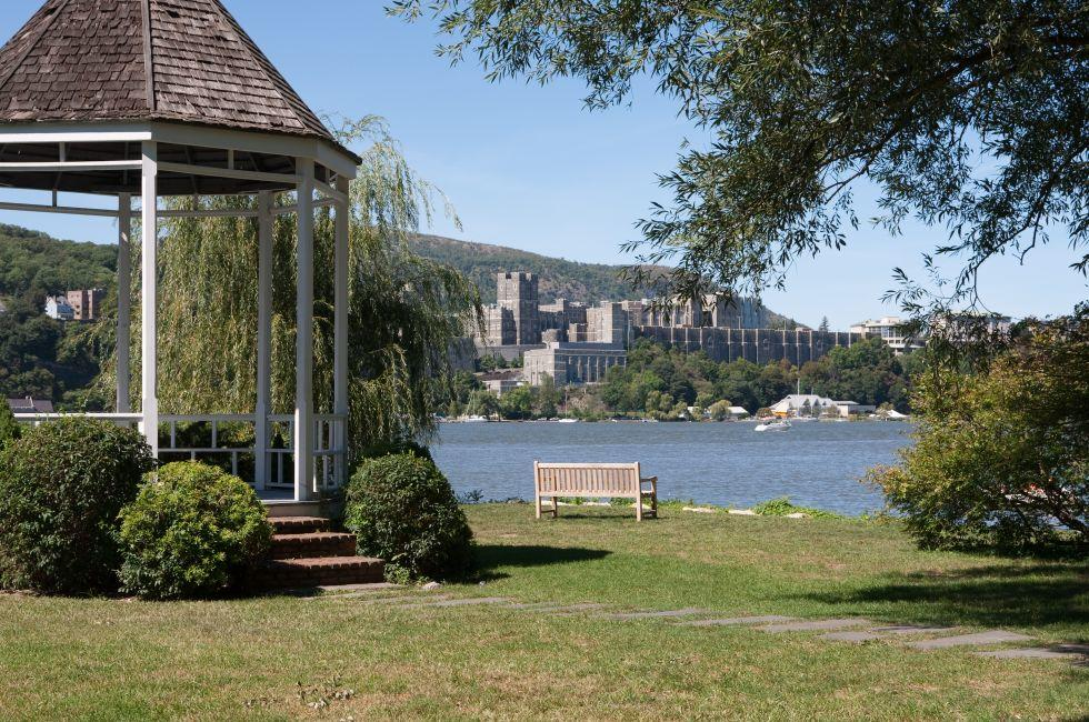 Gazebo, Hudson River, West Point, Garrison, The Hudson Valley, New York, USA