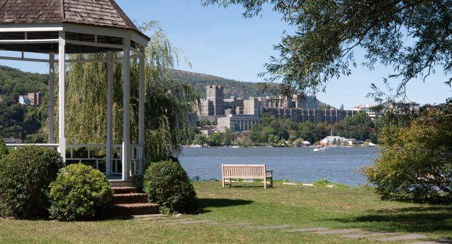 Hotels On The Hudson River Ny