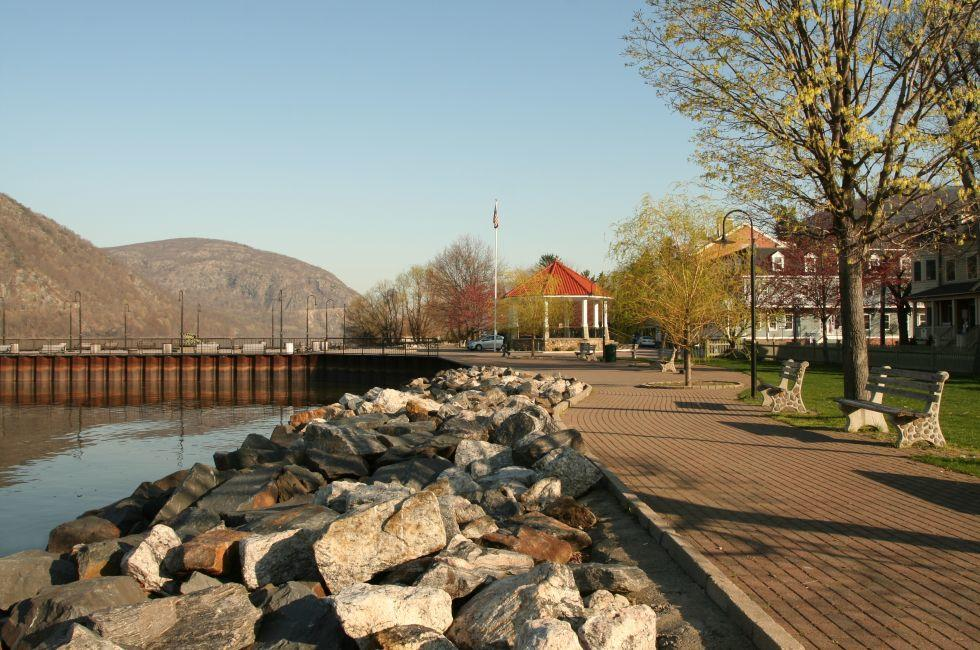 Hudson River, Cold Spring, New York