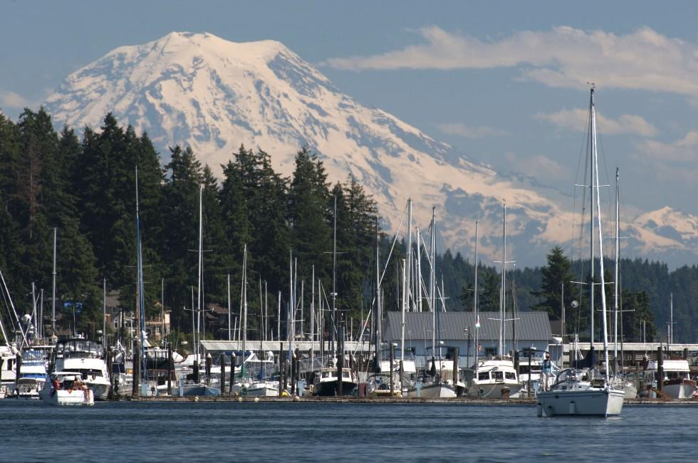 Gig Harbor, Mt Rainier, Washington, USA