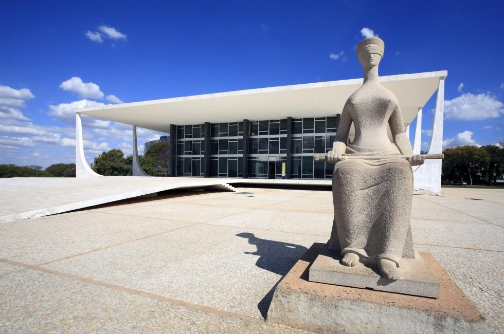 Statue, Supreme Federal Tribunal, Brasilia, Brasilia and the West, Brazil