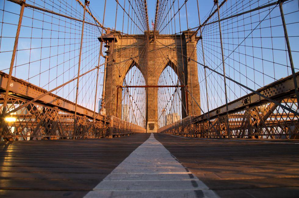 Sunrise, Brooklyn Bridge, Financial District, New York City, New York, USA, North America
