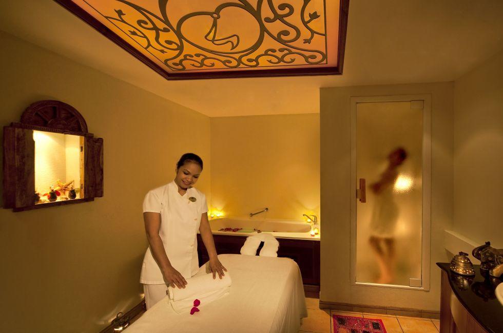 Taj Spa, Taj Palace Hotel, Dubai, UAE