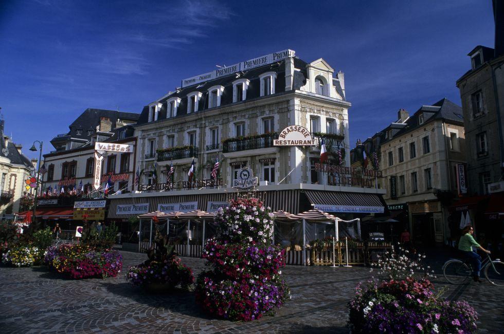 Hotel Le Central , Trouville-sur-Mer, France