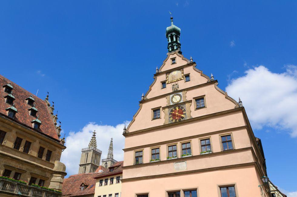 Town Hall, Meistertrunk Clock, Rothenburg ob der Tauber, Germany