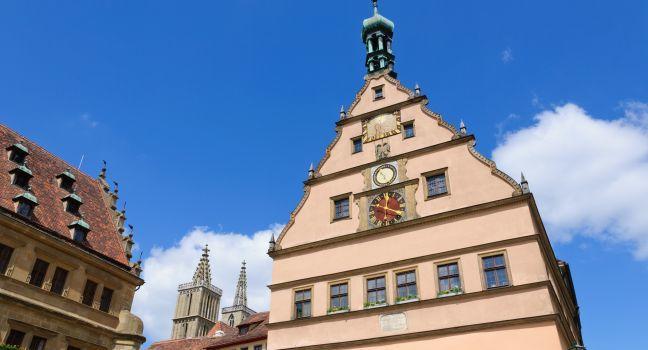 Town Hall, Meistertrunk Clock, Rothenburg ob der Tauber, Germany