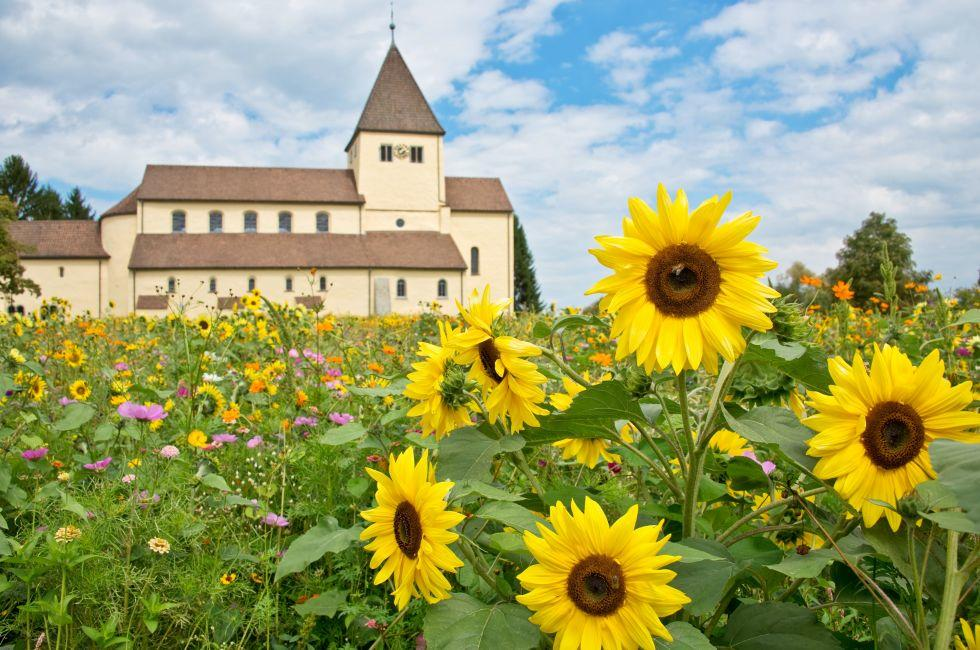 Stiftskirche St. Georg, Reichenau, The Bodensee, Germany, Europe.