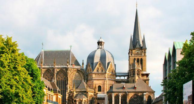 Dom, Aachen, The Rhineland, Germany, Europe.