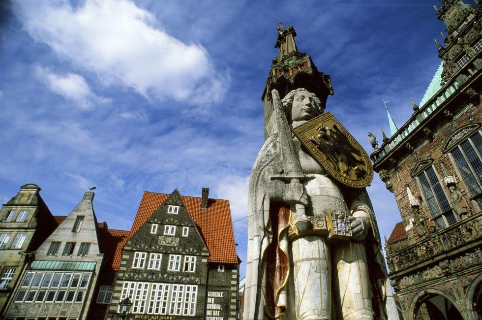 Hameln, Germany, The Fairy-Tale Road, Germany, Europe.