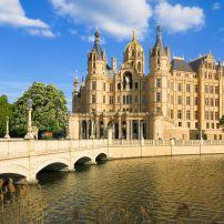 Schweriner Schloss, Schwerin, Schleswig-Holstein and the Baltic Coast, Germany, Europe