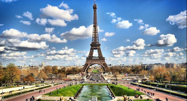 Eiffel Tower Review Paris France Sights Fodor S Travel