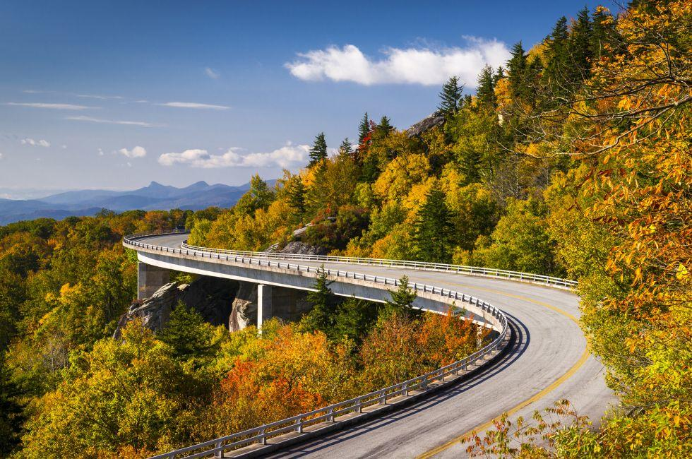 Linn Cove Viaduct, Blue Ridge Parkway, North Carolina