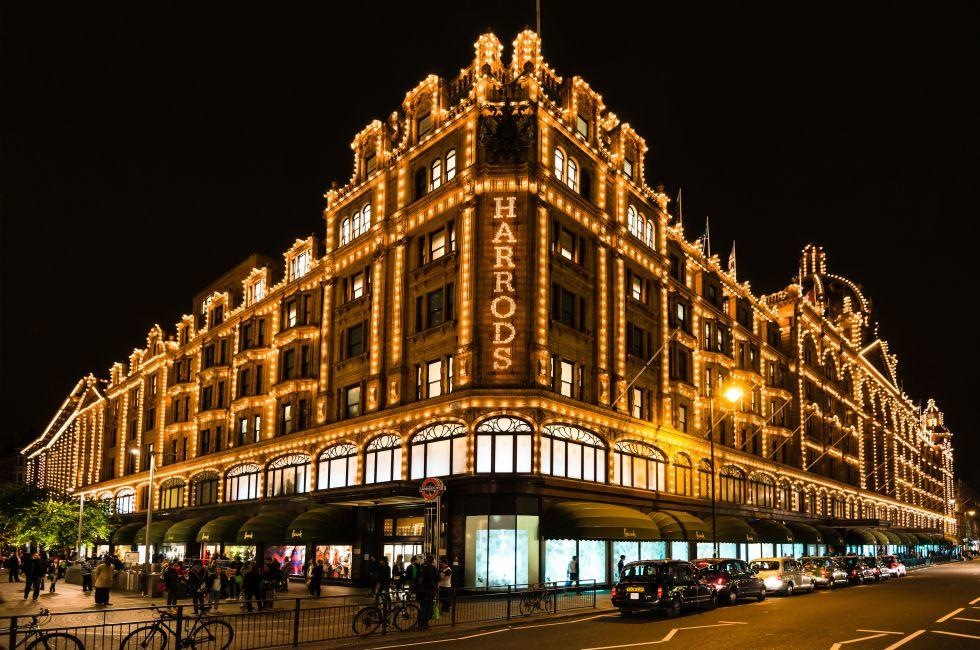 Harrod's Department Store, Knightsbridge, Kensington, London, England, Europe