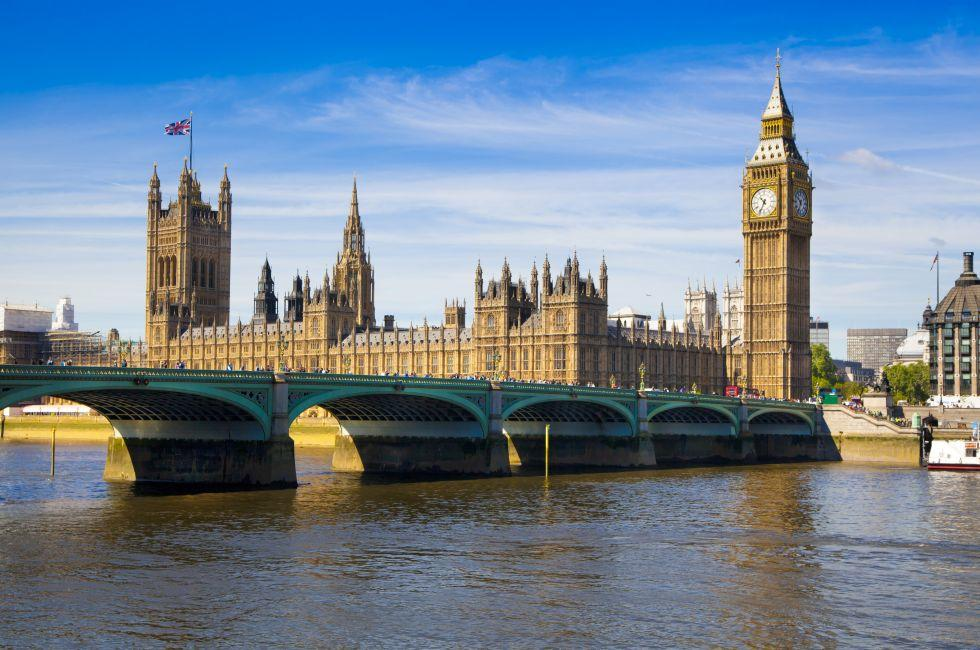 Big Ben, Houses of Parliament, Thames River, Westminster, London, England, Europe