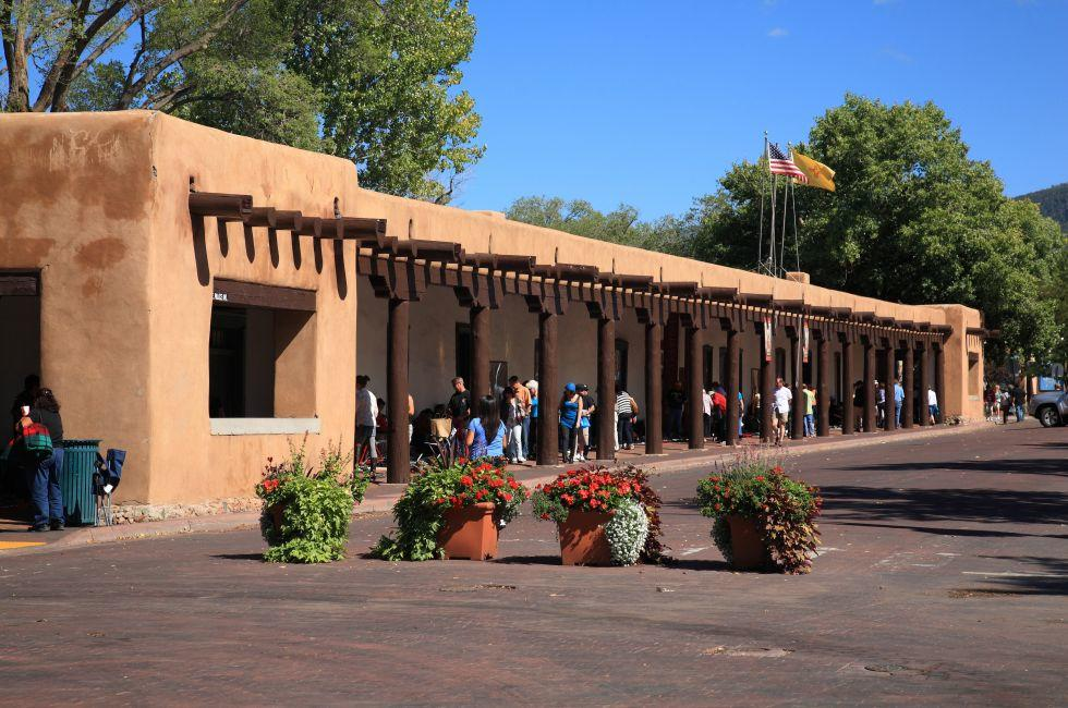 Palace of the Governors, The Plaza, Santa Fe, New Mexico, USA