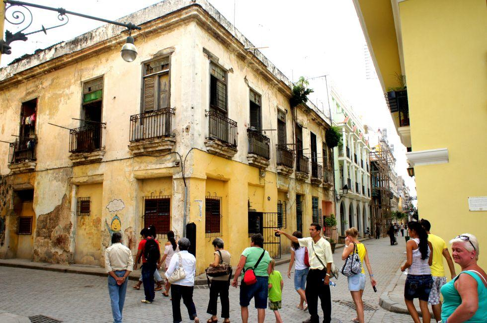 Tour Group, Central Habana, Havana, Cuba